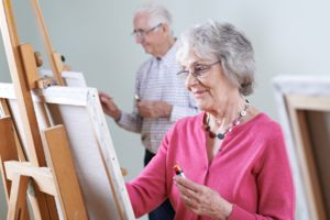 Assisted Living in Saraland AL: Crafts and Entertainment at Assisted Living