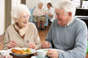 Assisted Living in Pascagoula AL: Dining at Assisted Living